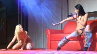 Showgirls Strip Tease