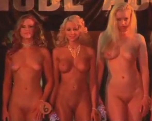 Nude miss Miss Nudist