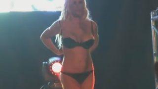 Striptease On Stage Busty German Lap-Dance
