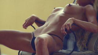 Striptease xxx Gwendolyn Sweet And So Sexy