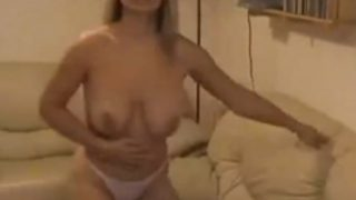 Strip Tease xxx Sexy British MILF