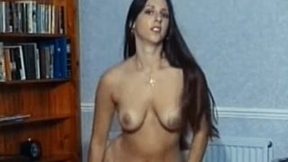Streaptease xxx Vintage Brunette Sexy Girl And Dancing
