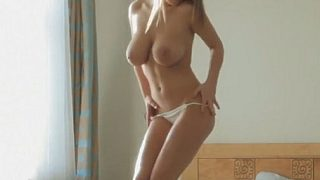 Nude Strip Video Watch Young Model Viola Bailey Taking Off Her Clothes