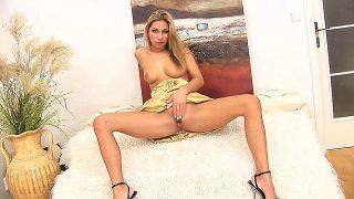 Striptease Porno Watch Gorgeous Blonde Babe Rachel Play Naked