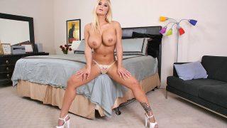 Sexy Striptease Watch Curvy Pornstar Shyla Stylez Rubs Divine Twat