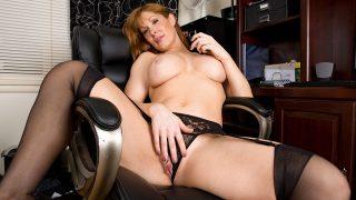 Hot Striptease Watch Stunning Milf Angela James Masturbating Her Gash