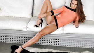 Striptease Girl Watch Slender Babe Cassidy Klein Inserting Sex Toy In Twat