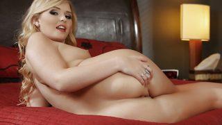 Striptease Porno Watch Curvy Blonde Teen Melissa May Flashing Her Snatch