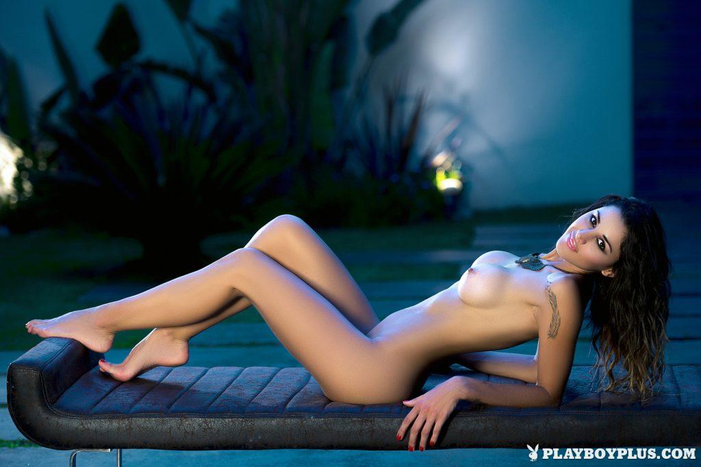 vanessa-bryant-naked-photo