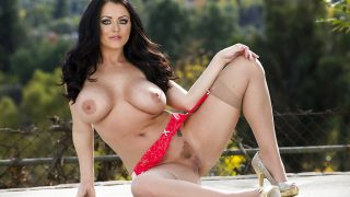 Hot Strip Video Watch Curvaceous Babe Sophie Dee Displaying Boobs