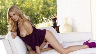 Full Striptease Watch Tempting Blonde Liz Ashley Shows Her Twat