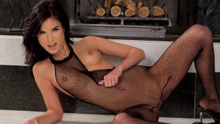 Strip Girl Video Watch Alluring Beauty Nelli Hunter Gets Nude