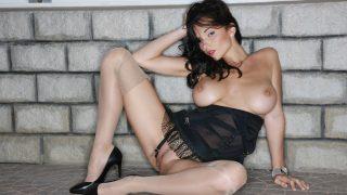 Striptease Nude Watch Classy Brunette Katie Fey Trimmed Pussy