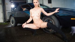 Striptease Naked Watch Pretty Sophia Knight Expose Shaved Pussy