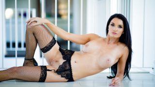 Nice Brunette Watch Gianna Dior In Strip Tease Sex Videos