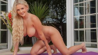 Blonde First Timer Naked Strip Tease Watch Lycia Lawrence