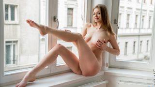 Strip Tease Nude Videos Watch Long Legged Babe Merry Pie