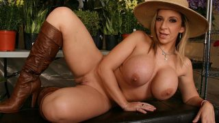 Thick Horny Milf In Solo Erotic Strip Watch Sara Jay