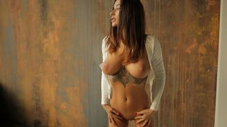 Sexy Nude Striptease Babe Watch Busty Tattooed Liya Silver
