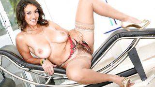 Busty Striptease Watch Mature Housewife Persia Monir