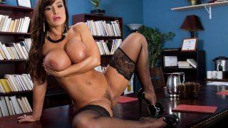 Strip Videos Porno Watch Big Titted Brunette Lisa Ann
