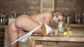 Sweet And Beautiful Blonde Sexy Striptease Naked Watch Aislin