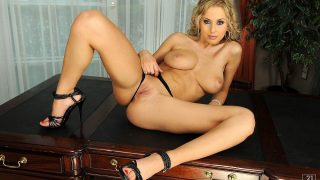 Gorgeous Natural Busty Model Strip Tease Watch Mandy Dee