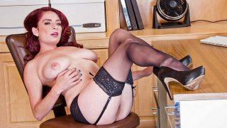Redhead Superb Busty Milf Sexy Strippin Watch Ashlee Graham