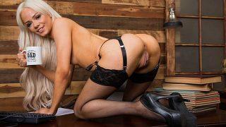 Most Beautiful Nude Blonde Teen Strippin Watch Elsa Jean