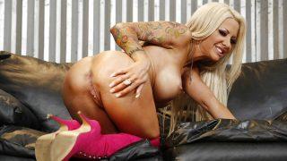 Canadian Blonde MILF With Big Tits Striptease Watch Helly Mae Hellfire