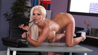Stunning British Beautiful Blond Nude XXX Striptease Watch Sienna Day